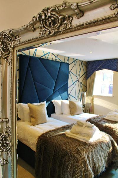 Hotel Pictures: Boutique By Browns, Worcester