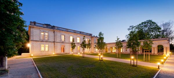 Hotel Pictures: Château La Chèze, Floirac