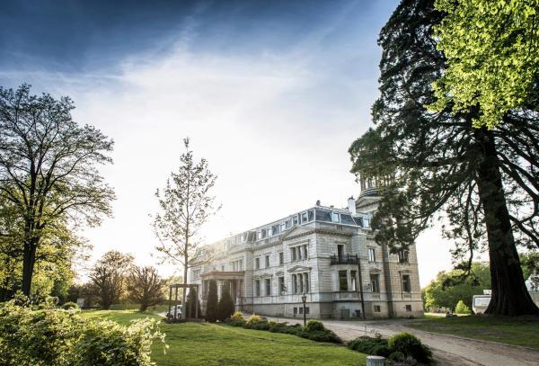 Hotelbilleder: Schloss mit Park Kaarz, Kaarz