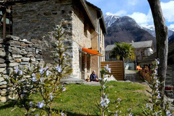 Hotel Pictures: Casa Dosc, Verdabbio