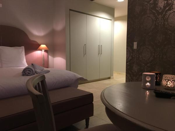 Hotellbilder: T Bed & De Tafel, Avelgem
