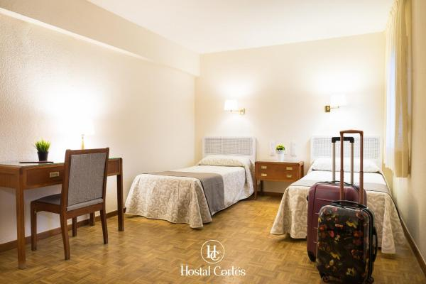 Hotel Pictures: Hostal Cortes, Cuenca