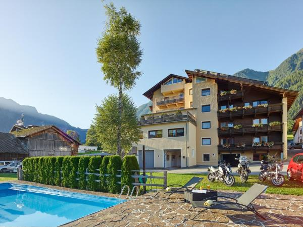 Hotellikuvia: Gasthof Hotel Post, Sautens