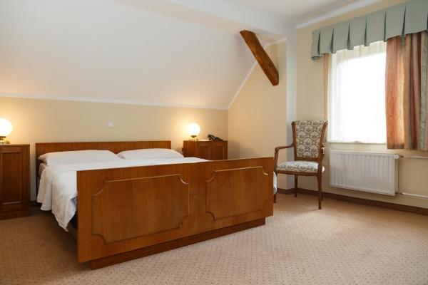 Hotel Pictures: U Golfa, Karlovy Vary