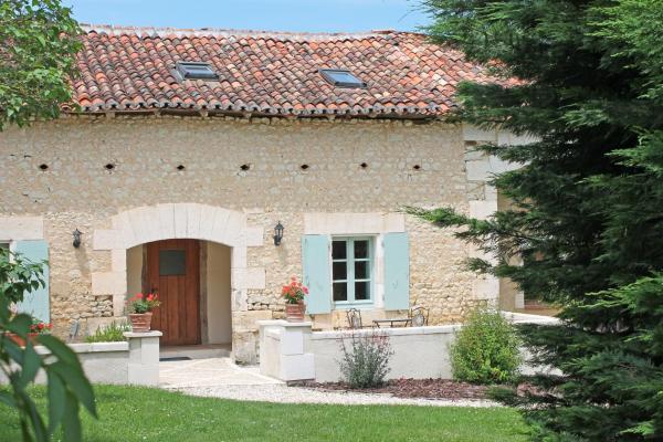Hotel Pictures: La Distillerie, Manoir de Longeveau, Pillac