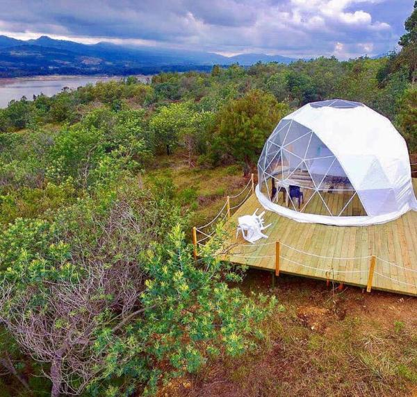 Hotel Pictures: Glamping Colombia, Guatavita