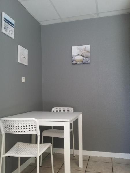 Hotel Pictures: , Saint-Symphorien-d'Ozon