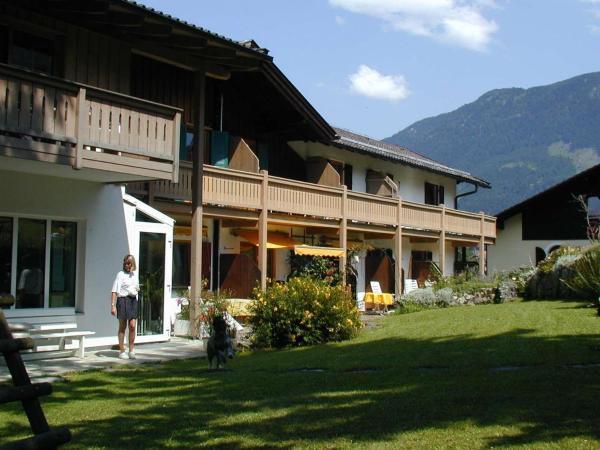 Hotel Pictures: Haus Amberger, Bad Reichenhall