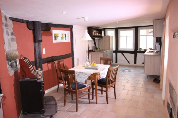 Hotelbilleder: Gemütliche Gästezimmer in einem neu sanierten Fachwerkhaus, Sachsenheim