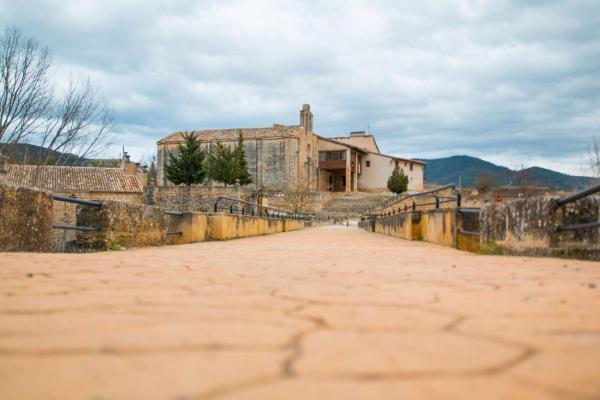 Hotel Pictures: Hospedería Virgen de la Fuente, Peñarroya de Tastavins