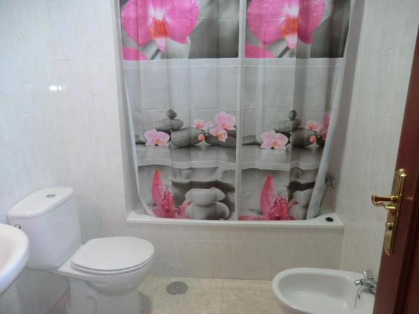 Hotel Pictures: Apartamentos Susana, Costa Del Silencio