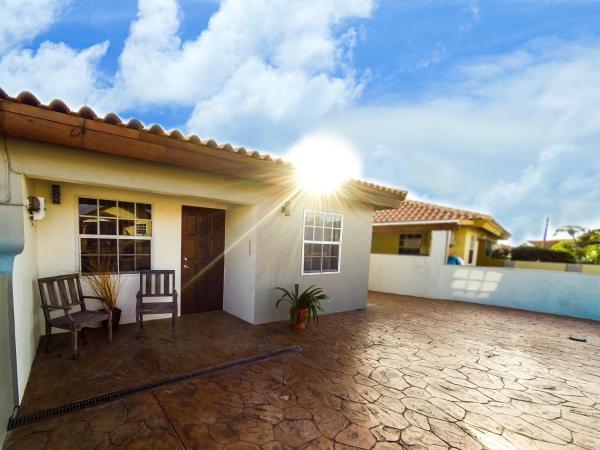 Zdjęcia hotelu: Sabana Liber Vacation Home, Palm-Eagle Beach