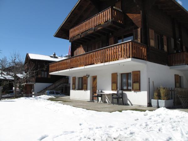 Hotel Pictures: Haus Sandra, Fiesch