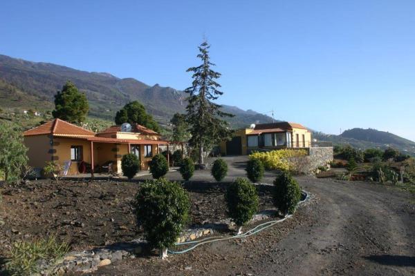 Hotel Pictures: Casa Lajas 1, Las Manchas