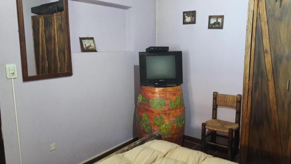 Hotel Pictures: Cabañas Guardia Vieja, Ciudad Lujan de Cuyo
