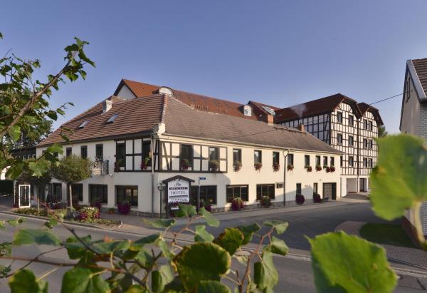 Hotel Pictures: Adler Golf-& Tagungshotel, Harth - Pöllnitz