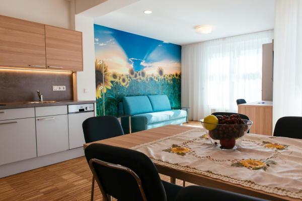 Hotelbilleder: Aparthotel Heuberger, Rudersdorf