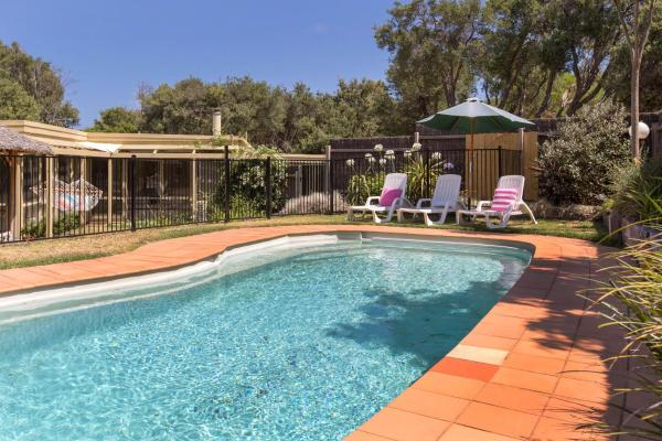 Fotos de l'hotel: Woodland Beach House - with sparkling pool, Blairgowrie