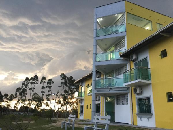 Hotel Pictures: Hotel Pousada Laguna Rosa, Barra de Ibiraquera