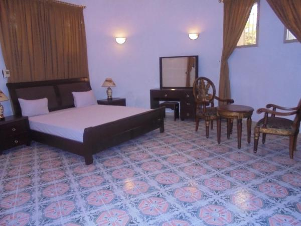 Hotel Pictures: Le Manoir Guest House, Kinshasa