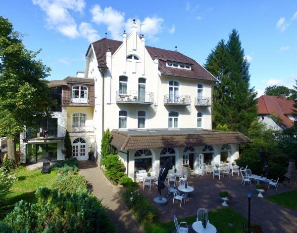 Hotel Pictures: Seeresidenz Gesundbrunn, Plau am See