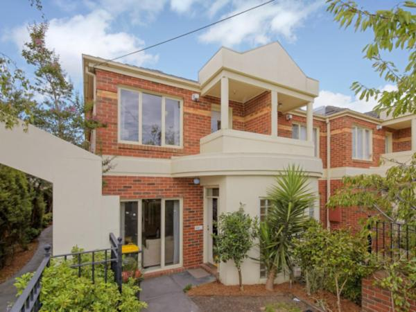 ホテル写真: Box Hill Central 3-bedroom Townhouse, ボックスヒル