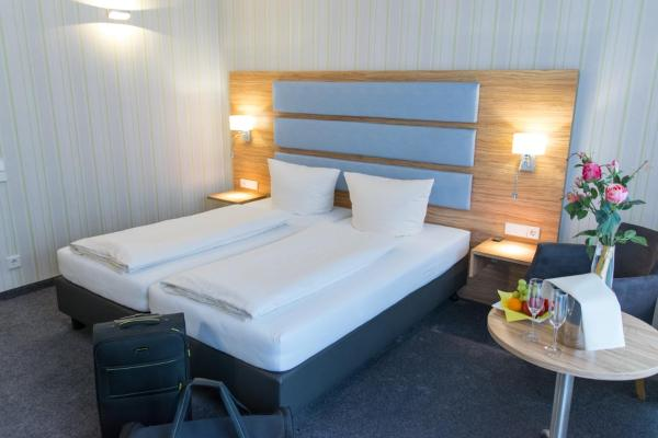 Hotel Pictures: Seehotel Forst, Forst