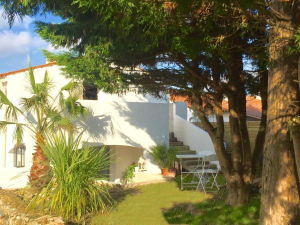 Hotel Pictures: Une Maison Blanche, Olonne-sur-Mer
