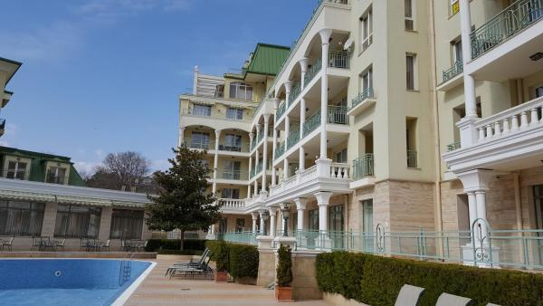 Photos de l'hôtel: Splendid Deluxe Apartments, St Constantin et Helena