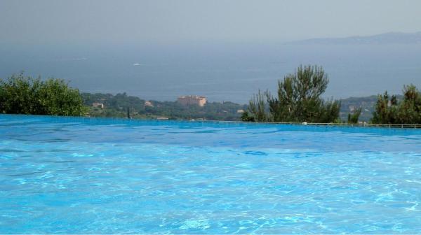 Hotel Pictures: Appartement Golfe de Saint-Tropez, Les Issambres
