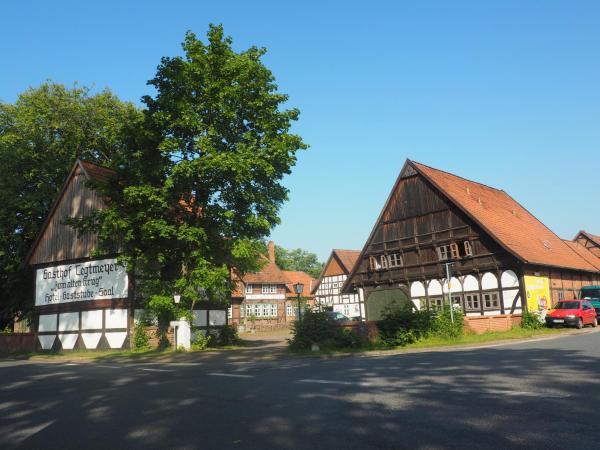 Hotel Pictures: Tegtmeyer zum alten Krug, Langenhagen