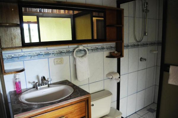 Hotel Pictures: Cabina Las Orquideas, El Castillo de La Fortuna