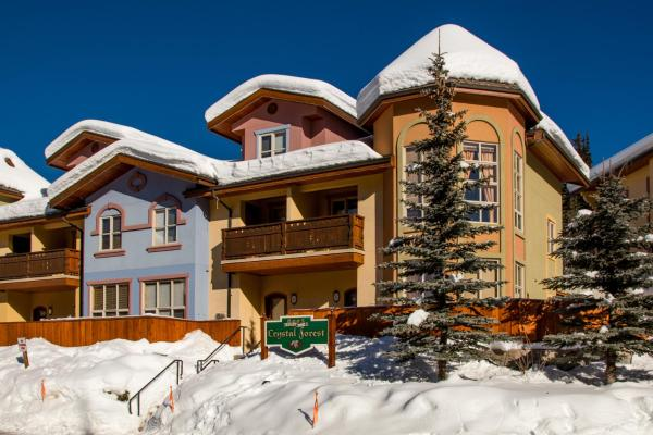 Hotel Pictures: Crystal Forest Condos - CF66, Sun Peaks