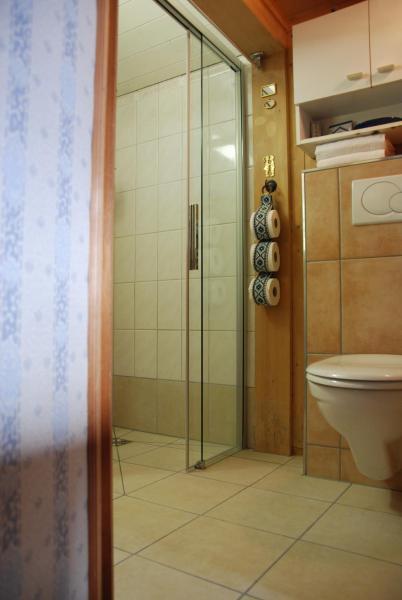Hotel Pictures: Cottage Gästezimmer, Brienz