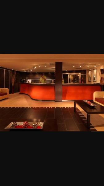 Hotel Pictures: Mario's apartament - Doña Lola, Sitio de Calahonda
