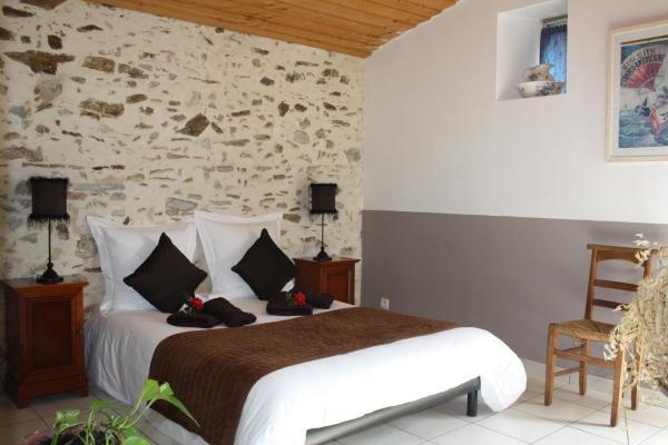 Hotel Pictures: La Champrenière, Le Boupère