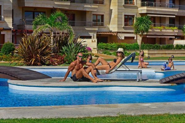 Hotel Pictures: Apartamento en la Isla de la Toja, Isla de la Toja