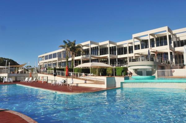 Fotos do Hotel: Absolute Beachfront Opal Cove Resort, Coffs Harbour