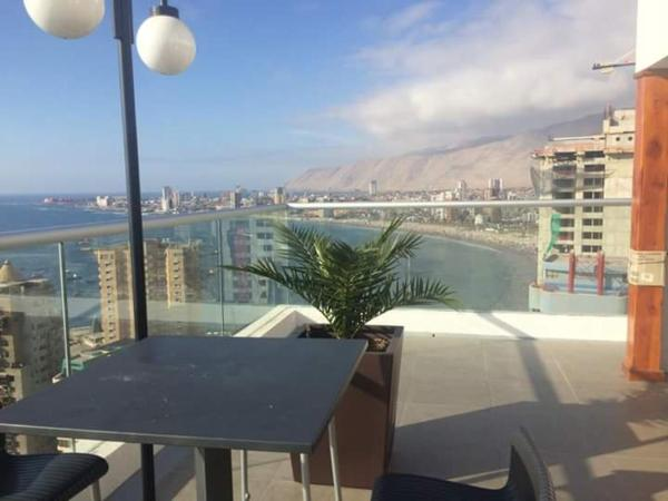 Hotel Pictures: Departamento Edificio Alto Cavancha, Iquique