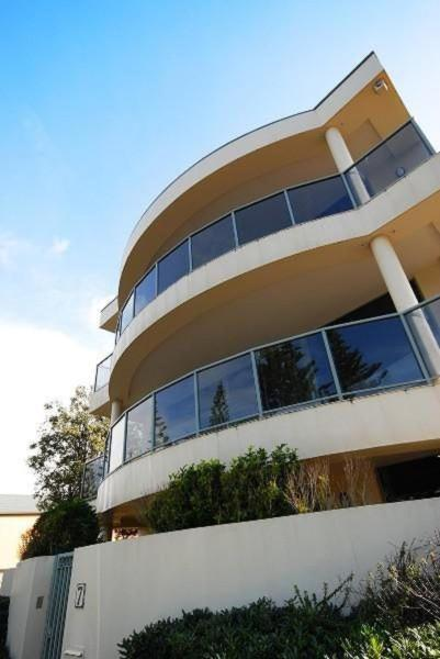 Foto Hotel: Ultimate Esplanade 3 Storey Experience, Victor Harbor