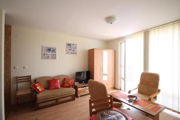 Hotel Pictures: Studio New Estate in Panorama Fort Beach, Sveti Vlas