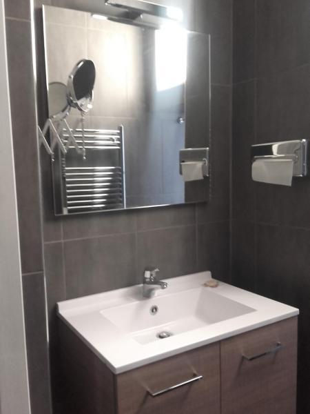 Hotel Pictures: Aux Couleurs de Neuvy, Neuvy-Saint-Sépulchre