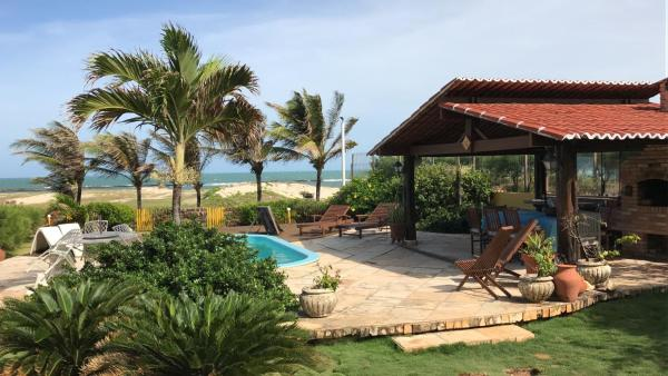 Hotel Pictures: Tropical Breeze Holiday Home, Extremóz