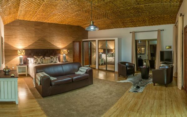 酒店图片: Rio Cuebe Lodge, Menongue