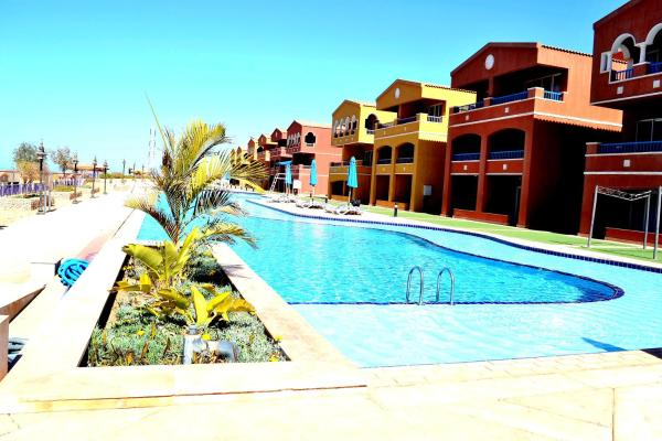 Hotel Pictures: PortoSokhna H21 Apartments, Ain Sokhna