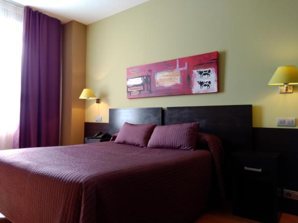 Hotel Pictures: El Espinar, El Espinar