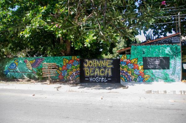 Hotel Pictures: Johnnie Beach Hostel, Saquarema