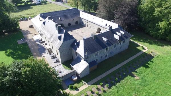 Фотографии отеля: Château de Grandvoir, Нёфшато