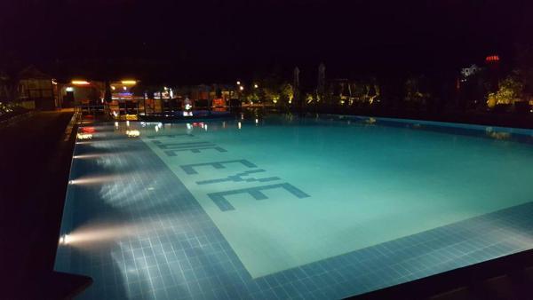 Hotellikuvia: Blue Eye Hotel, Korçë