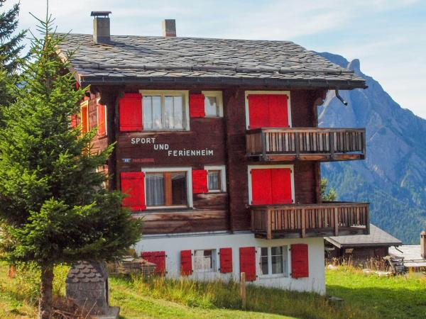 Hotel Pictures: Chalet Ahorn, Rosswald